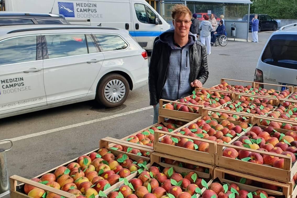 Apfel mit Herz - Obsthof Knoblauch Friedrichshafen 1